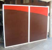 office partitions with dual colors brown and red